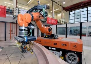 Mobiele robotsystemen voor lichtgewicht productietechniek