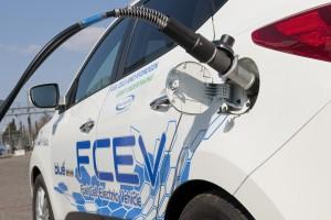 01-TU-Delft-transformeert-Hyundai-SUV-in-rijdende-energiecentrale2