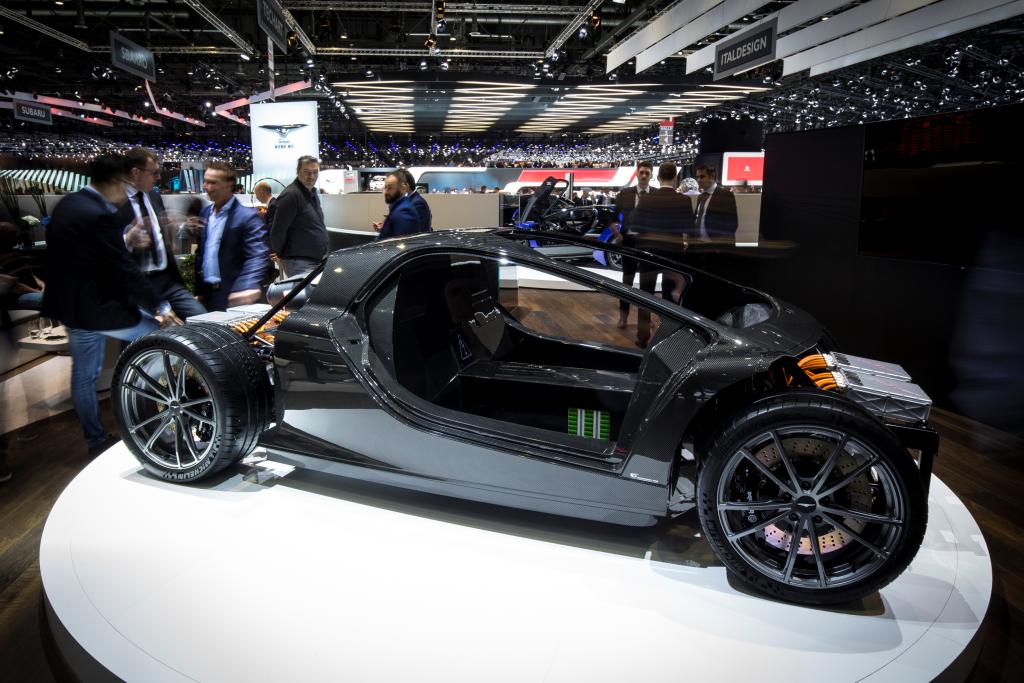 De TREV technologie wordt verpakt in een lichtgewicht concept sportwagen (foto: Techrules)