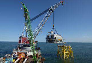 Siemens installeert de netverbinding voor het Dudgeon offshore windpark (foto Statoil).