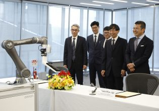 alliantie Omron en Techman Robot
