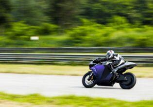 2electron Emula bike racing McFly